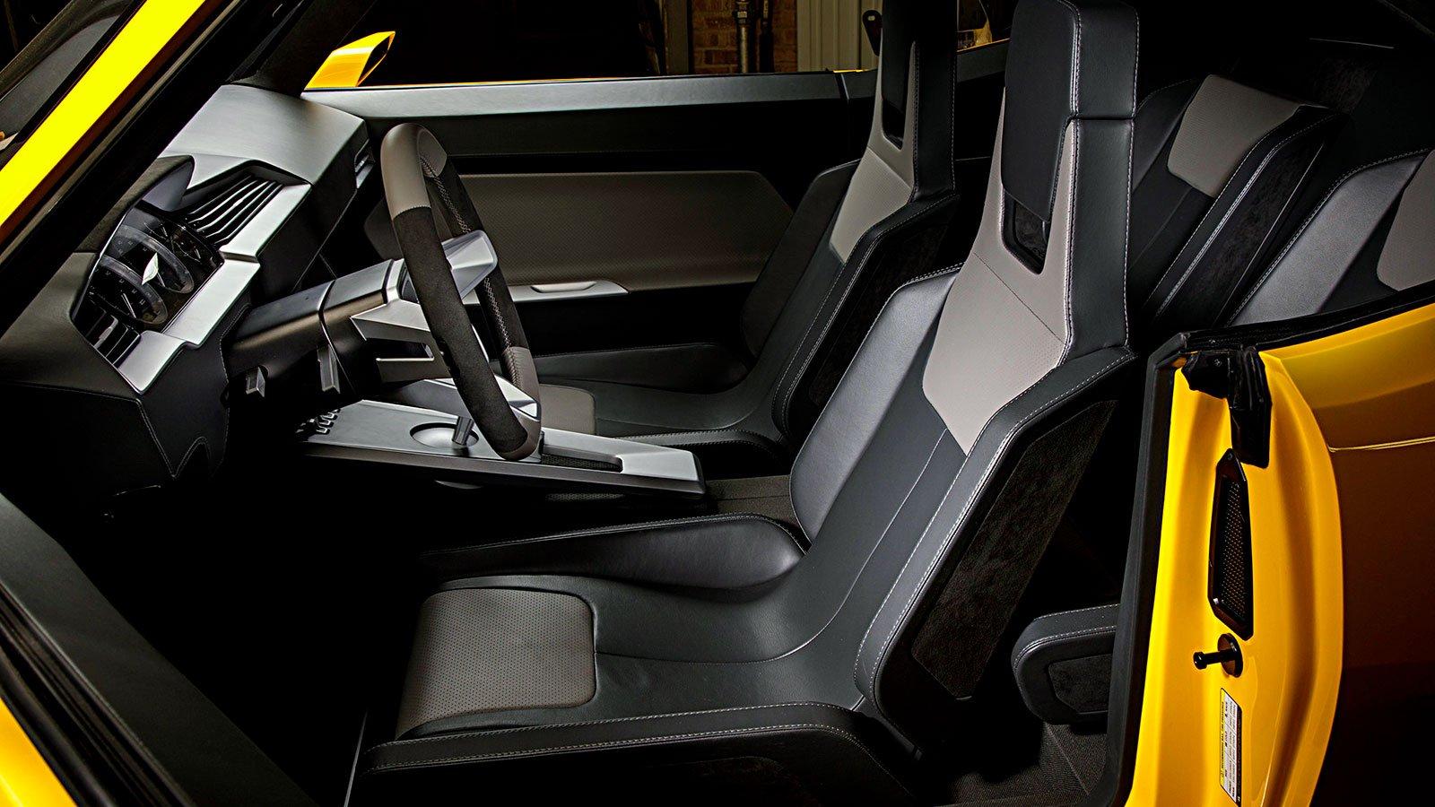 interior-custom-cabin-look