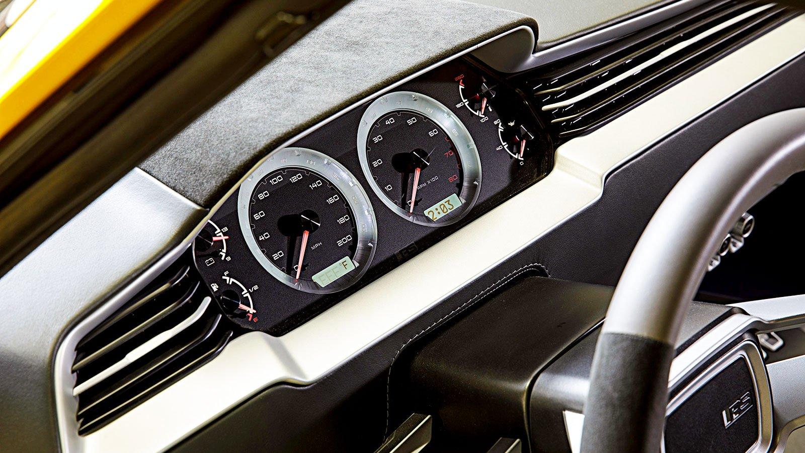interior-instrument-panel