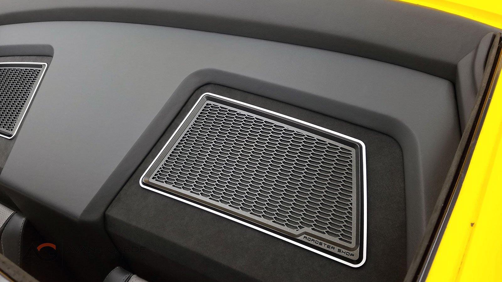 interior-rear-speaker-grills