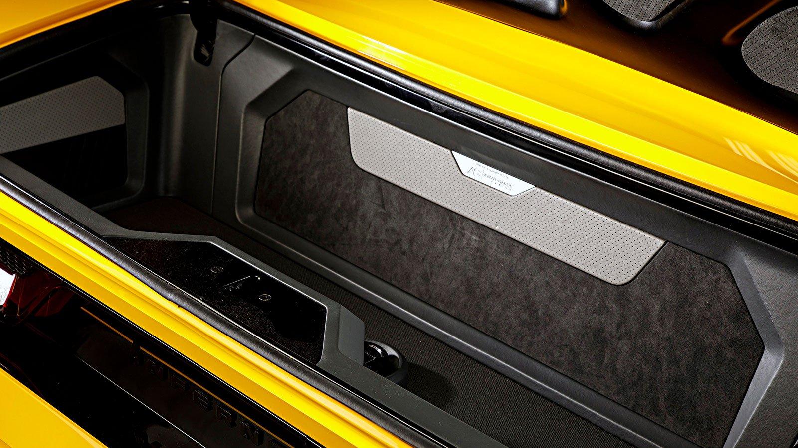 interior-trunk