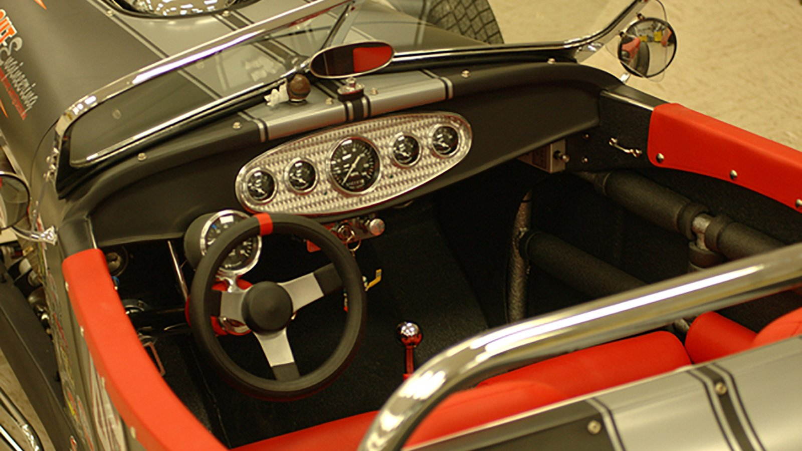 23-Ford-Roadster-instrument-panel