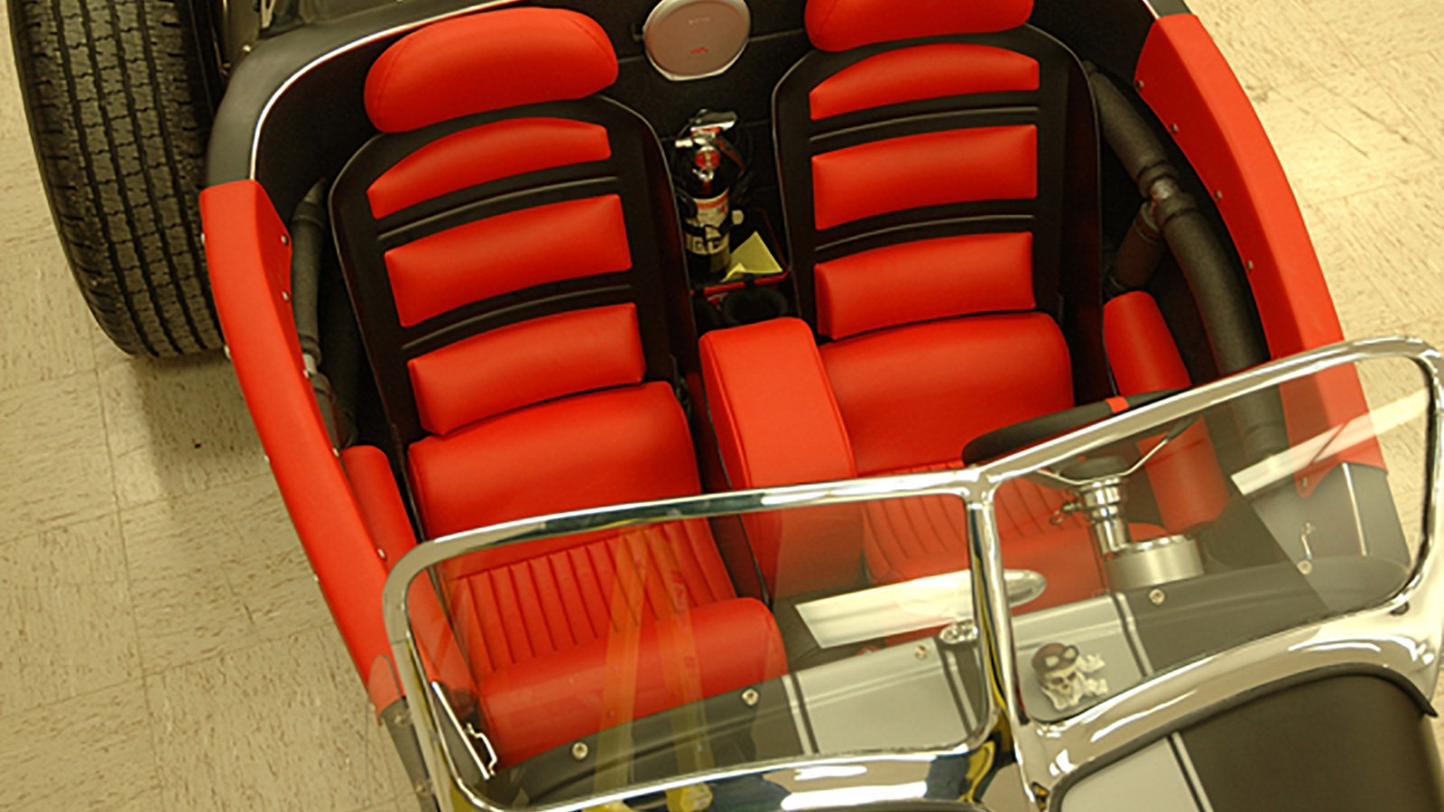 23-Ford-Roadster-seats