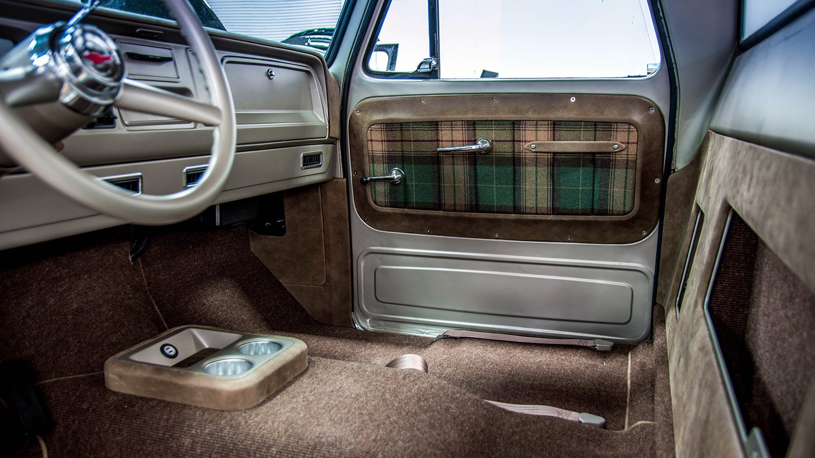 65-C10-truck-custom-authentic-interior