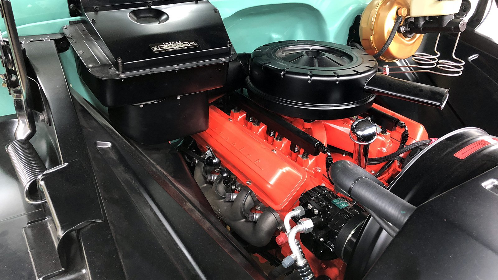 65-C10-truck-engine-bay