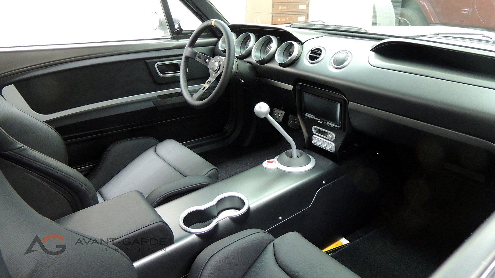 65-mustang-vapor-custom-interior-2